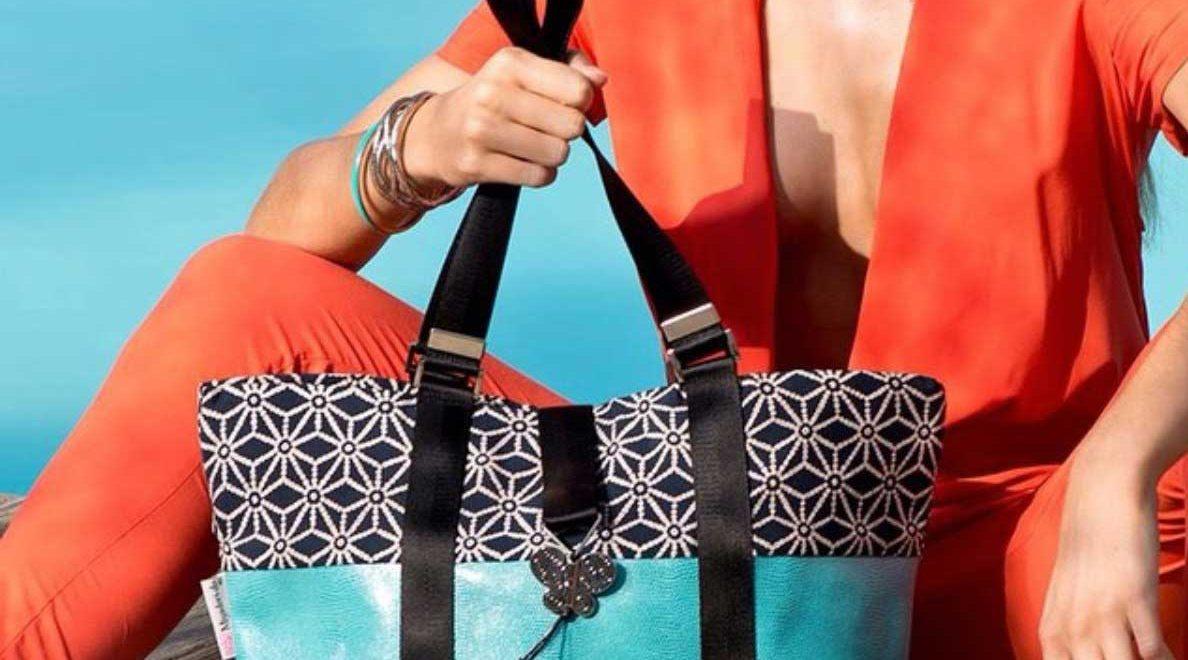 フランスマルセイユのデザイナ-のバッグ、3 WAY仕様です