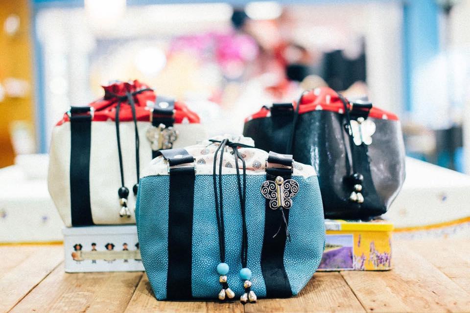 マルセイユから人気のバッグデザイナーのフランソワーズポトさんが皆さんをお待ちしております。