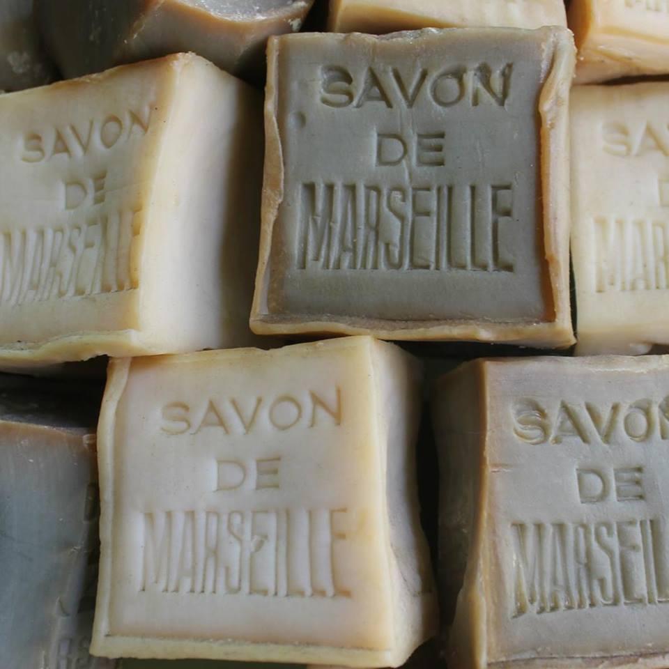 お肌にうるおいを与えてくれる、無添加のオリーブ石鹸 LA CORVETTE サボン・ド・マルセイユ