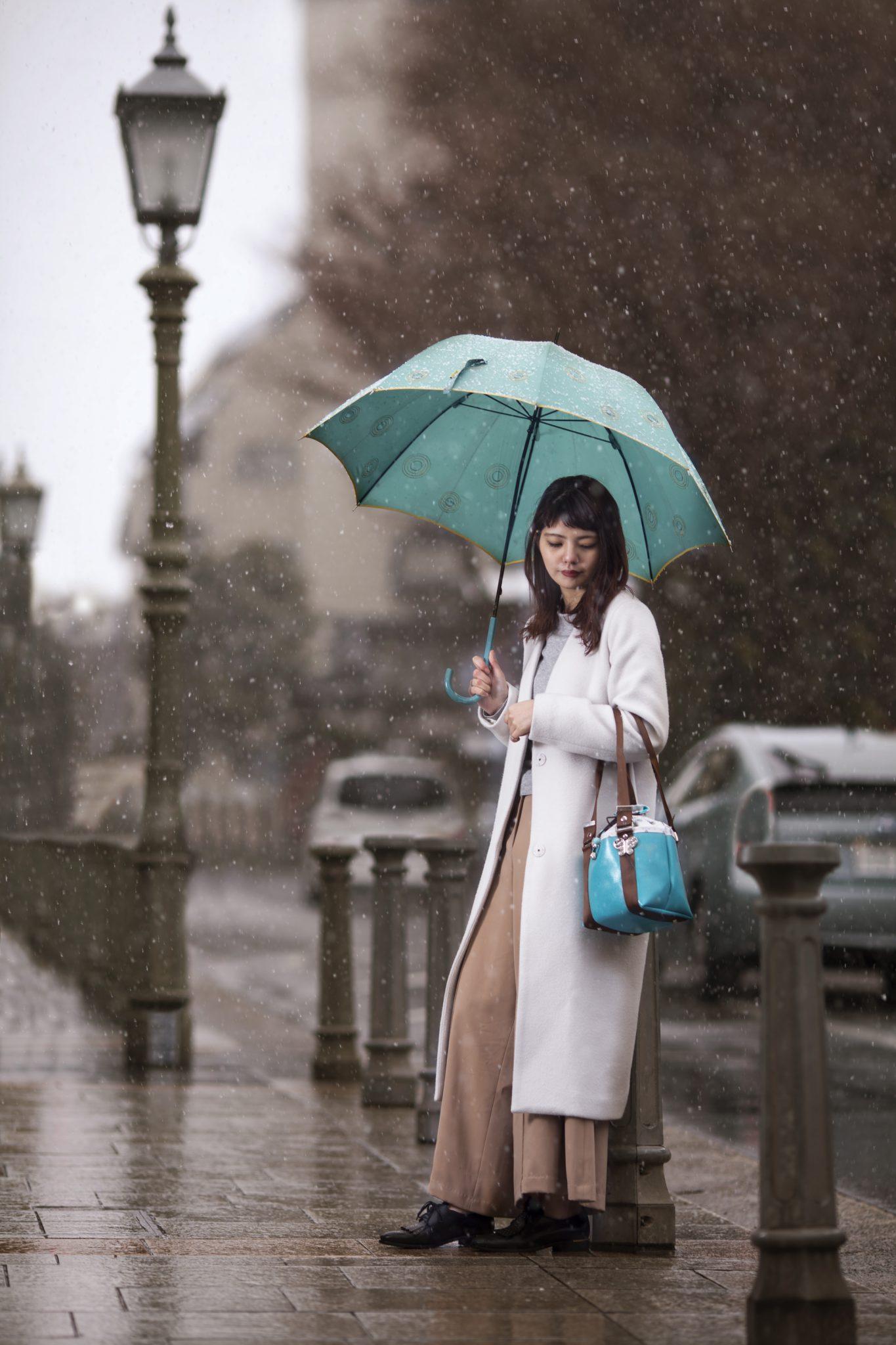 雨の中のおでかけが楽しくなるバッグのご紹介